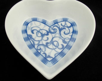 Oneida Table Trends Blue Heather Collection Porcelain Heart Shaped Serving Bowl - Argonne Hall
