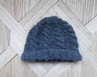 Bonnet naissance bébé tricoté main laine mérino torsadé ab5bb328315