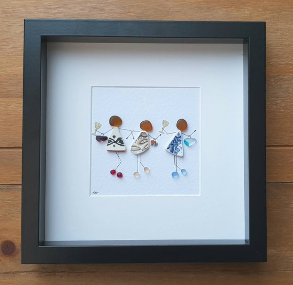anniversary gift fathers day gift mothers day gift friend gift Pebble picture of couple personalised pebble picture friendship gift