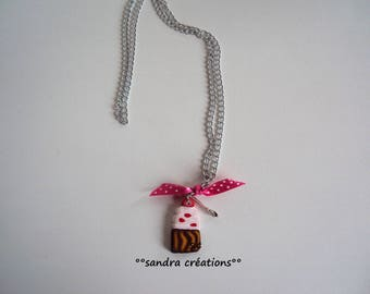 cup cake design rose gold necklace