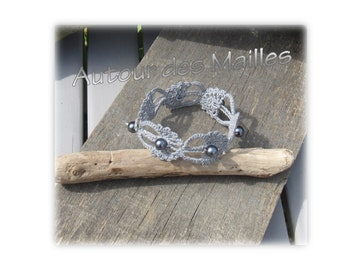 Crochet Bracelet: Pearl gray