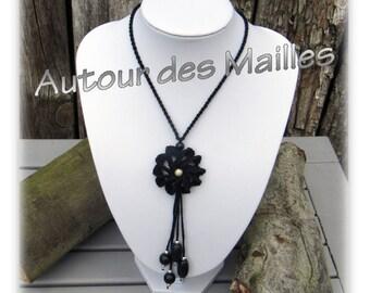 Crochet Necklace: black rose necklace
