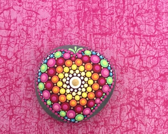 Heart Stone Be Happy - handpainted mandala stone as a gift for a loved one, for meditation, yoga or decoration