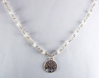 Tree of life silver and white beads necklace