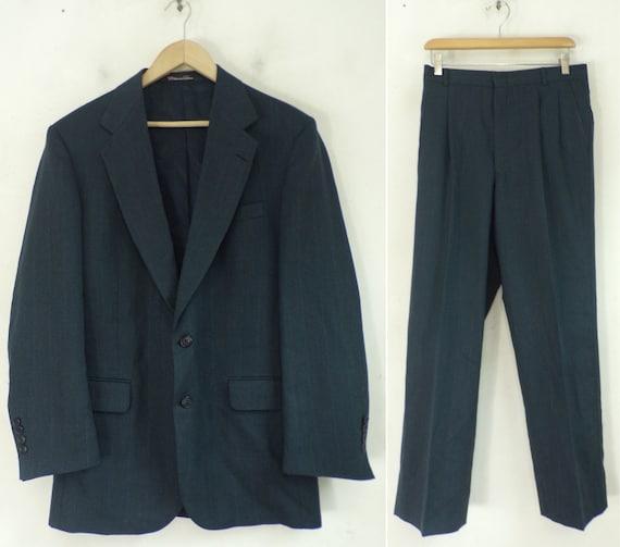 Vintage Blue Two Piece Suit Mens 40R & 33 Waist, B