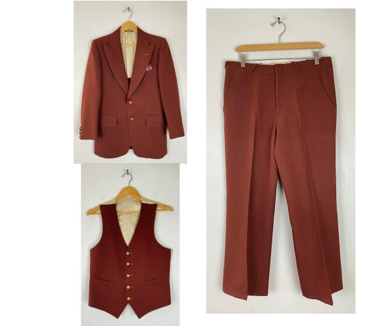 70s Red Three Piece Suit Mens Size 38R & 34W, Vint