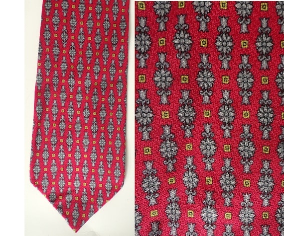90s Red Silver & Gold Abstract Mens Tie, Printed T