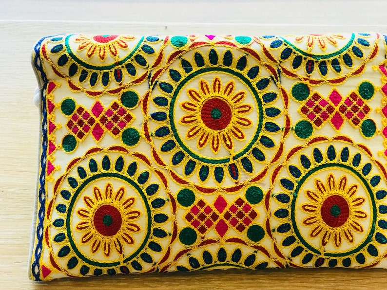 Womens purse,Beautiful purse,Embroidered purse,Moroccan tribe embroidered Wallet.