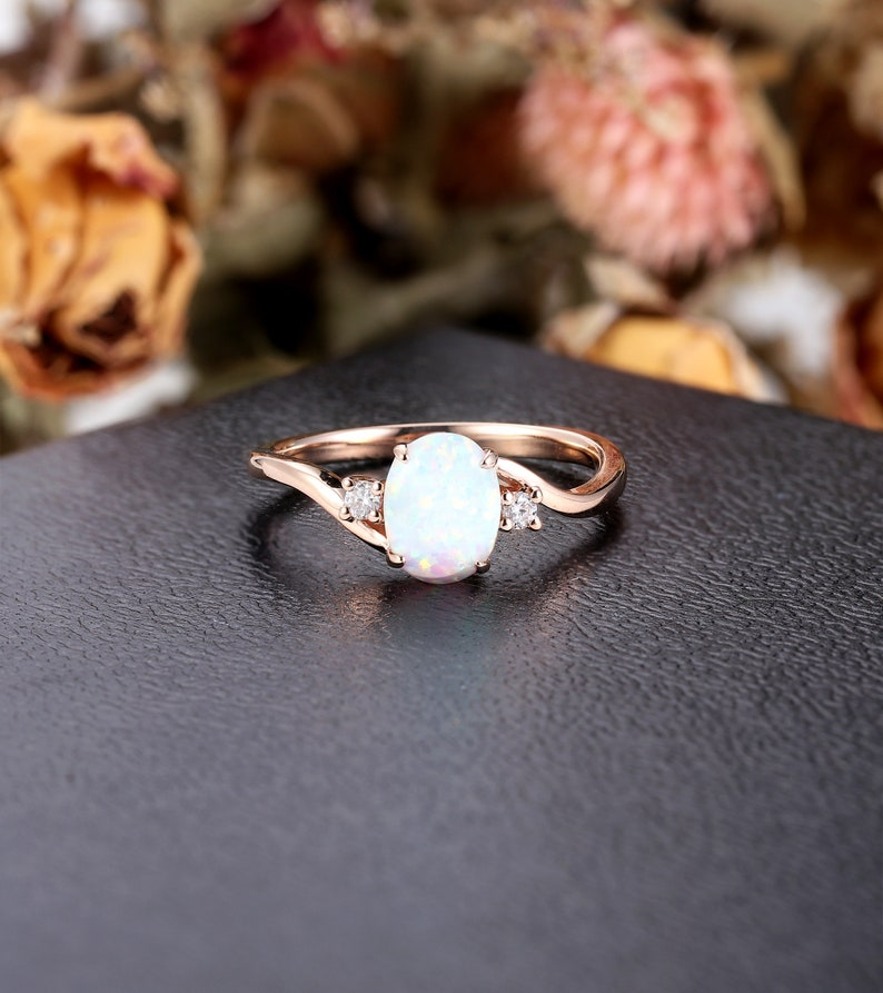 Oval cut opal ring Rose gold Engagement Ring women Vintage image 0