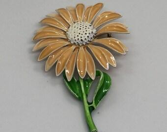 Enamel Daisy Pin