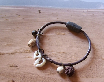 """The Sands """"Earth and jewelry"""" bracelet"""