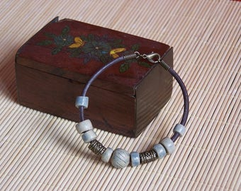 """Handmade ceramic bracelet and leather """"Earth and jewelry"""""""