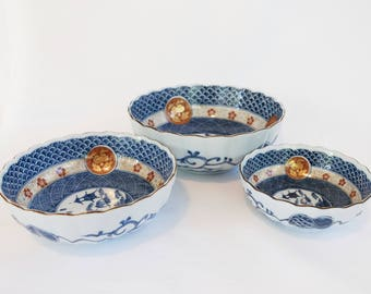 Vintage Blue & White Asian Nesting Bowls