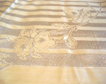 Gold Linen Tablecloth with 6 Matching Napkins Golden Anniversary 1941, Holiday Celebration Cloth