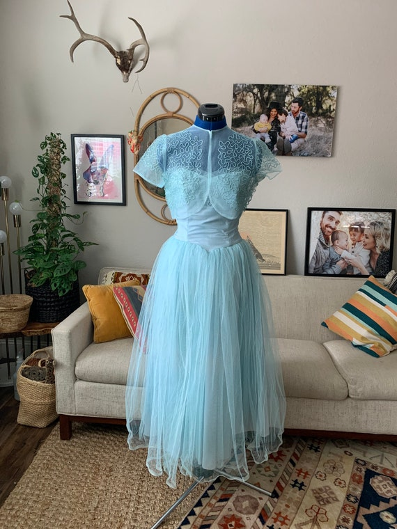 Beautiful vintage 40s - 50s Tulle Evening Dress -