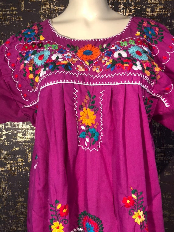 Vintage 70's Mexican Floral Embroidered Boho Muumuu Caftan Midi Dress Magenta Pink M L XL