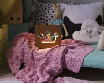 Nightlight for children Сrown. Night light lamp baby. Table lamps for bedroom. Сhildrens nightlight. Nursery projector light kids gift