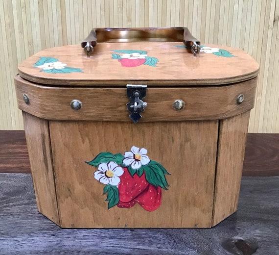 Vintage Mid Century Bentwood Strawberries Box Purs