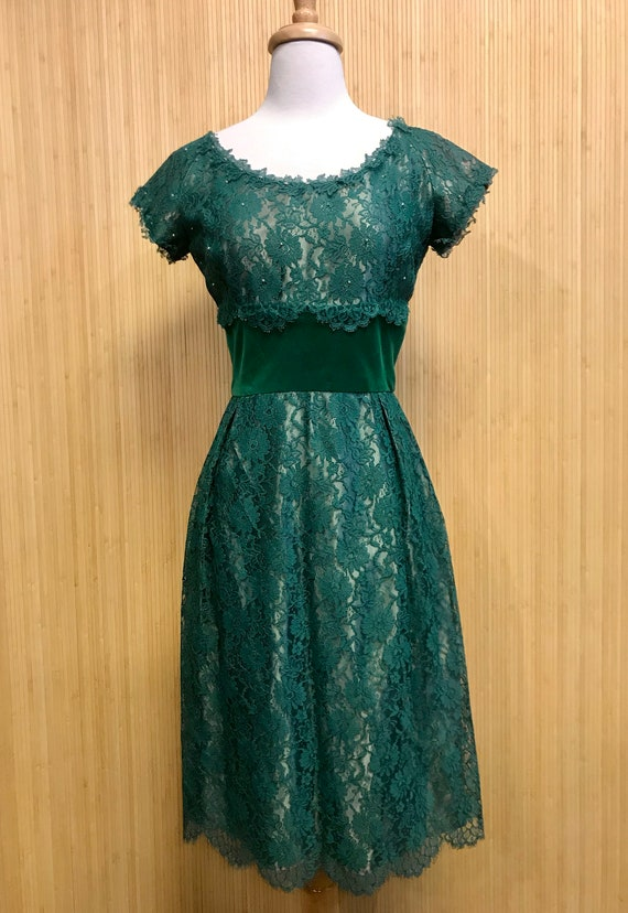 1950's Vintage Handmade Emerald Green Lace and Vel