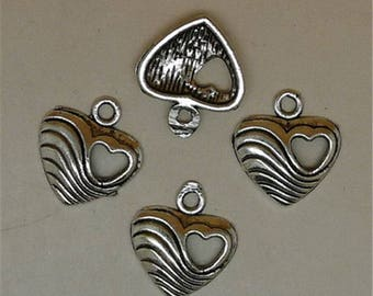 Set of 3 hearts in Tibetan silver charms
