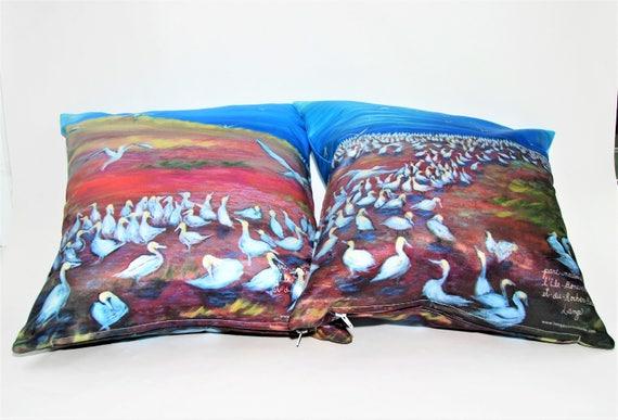 A set of pillows cover, Bonaventure Island