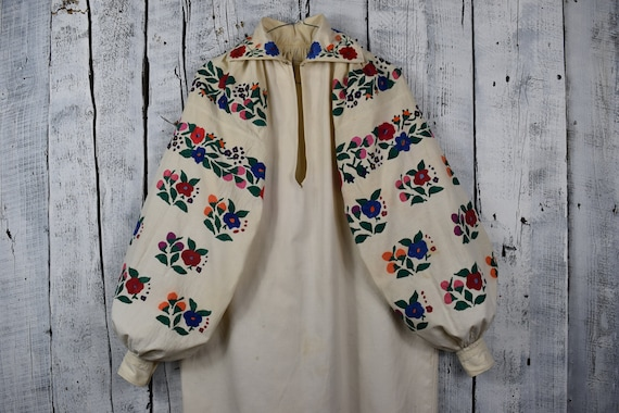 Vintage traditional Ukrainian embroidered shirt   Vyshyvanka    cec90d07a