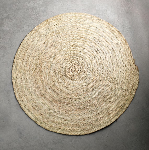 Round Rug Made Of Straw Round Rugs In Palm Mat Round With