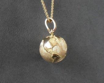 Earth pendant mapsworld 14 mm yellow gold 18K