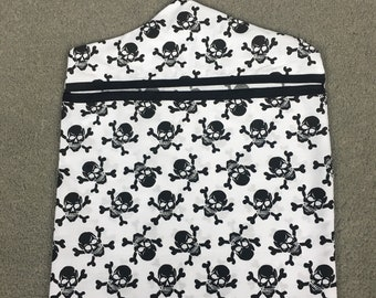 Skull and crossbone peg bag, peg bag