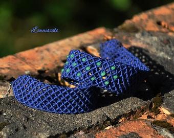 Blue choker