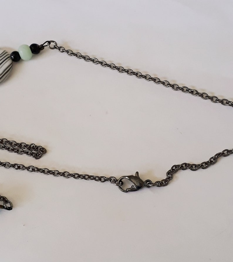 Mother-of-Pearl Shell Necklace Black Agate Gifts for Her Mother/'s Day Black Cable Chain Sea Green Lobster Clasp Earrings Under 25.00