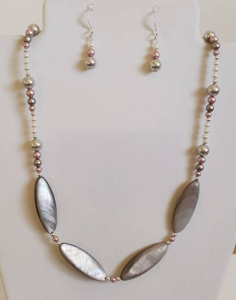 Blacklip shell Necklace and Earrings set Under 40.00