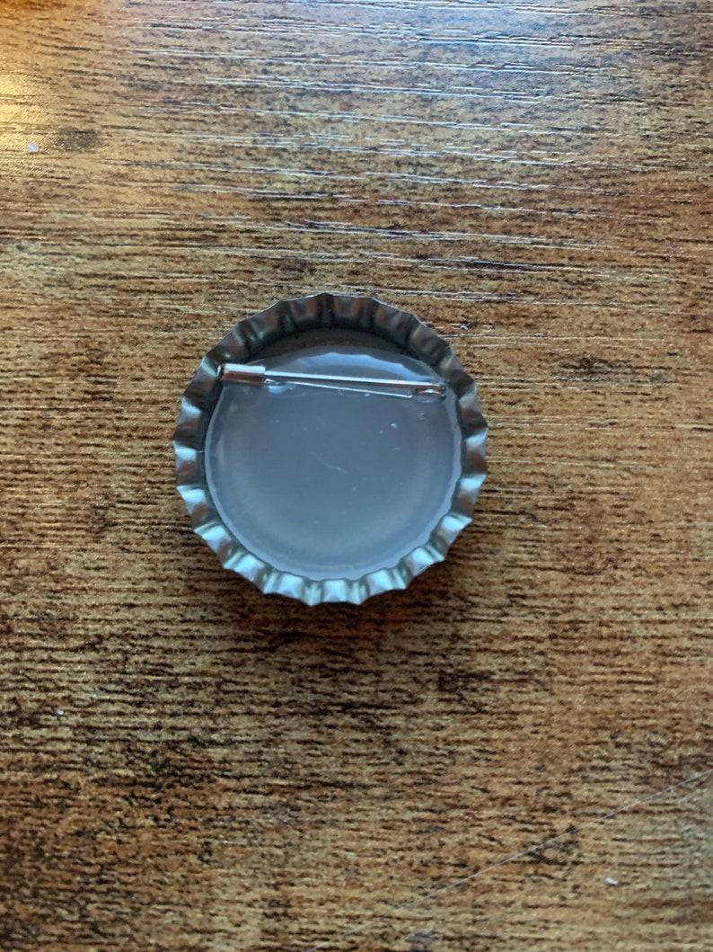 Vintage bottle cap button pin Sprite