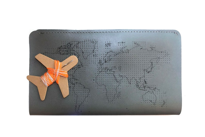 Stitch where you/'ve been Travel Wallet in Grey with world map With needle /& thread in beautiful Gift Box