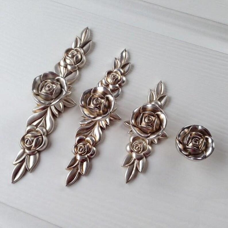 Rose Shabby Chic Dresser Drawer Knobs Pulls Handles Antique Silver Bronze Flower Cabinet Door Handles Pulls Knobs Furniture Hardware Plates