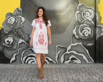Ethnic, Folk,  Hand Embroidered Mexican Dress Loose Style. White/Red.