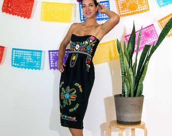 4408fc0bcc217 Strapless Folk Mexican Black Dress with Multicolor Embroidery. Knee Lenght,  Heart shaped Neck Loose Boho Dress for Women. Super Comfortable