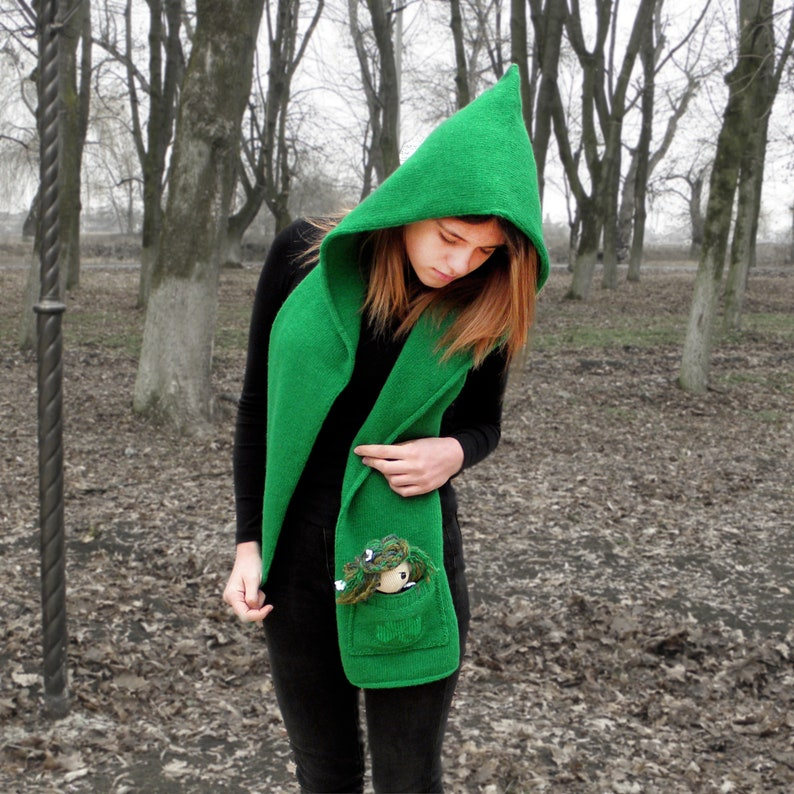 Xmas hood scarf gift Green hooded pocket clover scarf Unisex cool hood Cowl knitted pure wool Scoodie Long headscarf for ginger young man