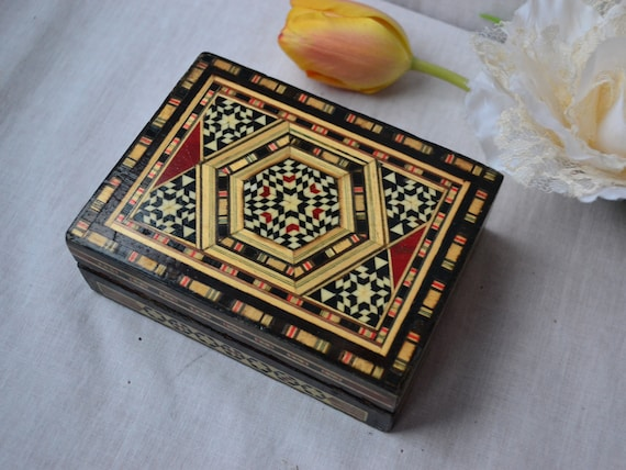 Hand Carved Wooden Floral Trinket Jewellery Box