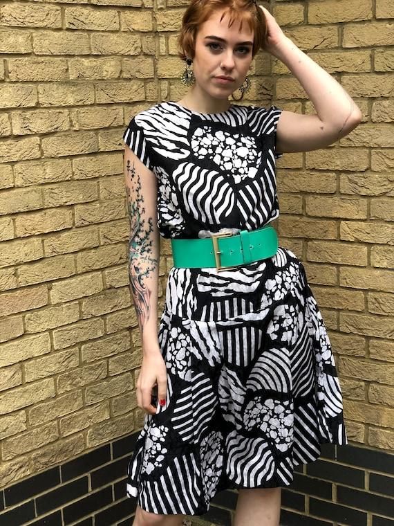 80s Monochrome Geometric Print Dress