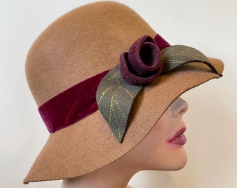 "Wool felt fedora hat size 22.5"""