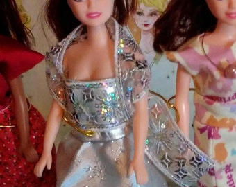 Barbie Silver gown 115B