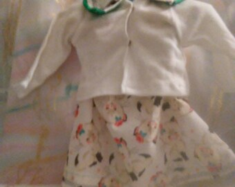 "18"" doll Cat patterned skirt and blouse 396E"
