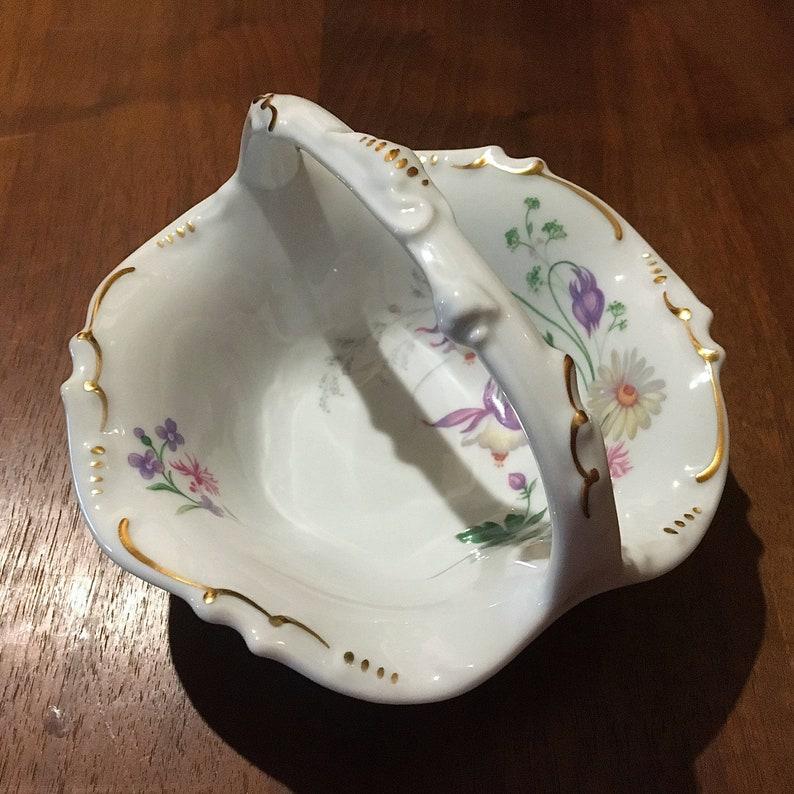Magnifique Bol de panier en porcelaine de Rochard de Limoges vintage Français Fine Porcelain Basket Shape Candy Dish/Bowl Gold Gilt Easter Basket