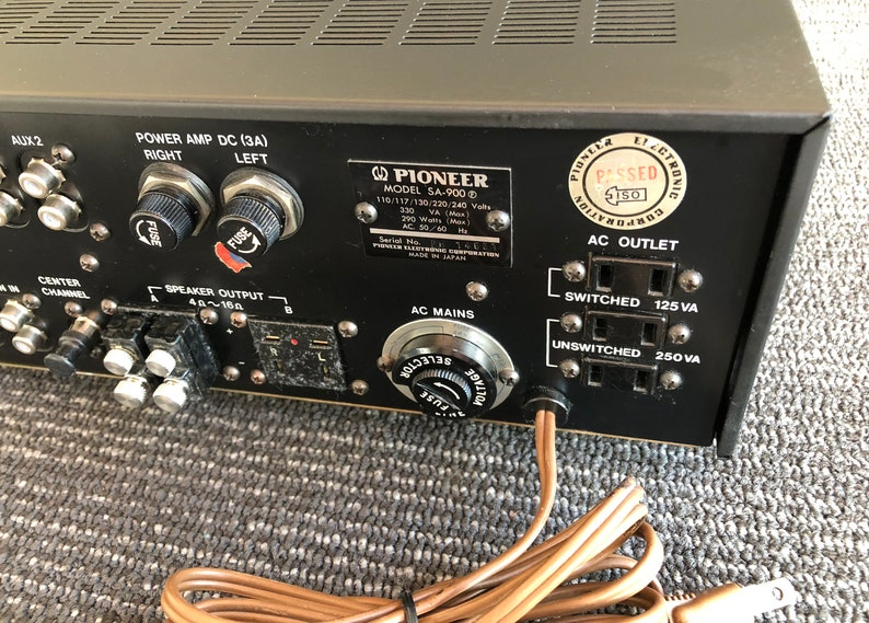 1c6100eac7944 Vintage Pioneer Stereo Amplifier Model SA-900 Classic Powerful Amplifier  Silver Face Black Knobs Amazing Sound!