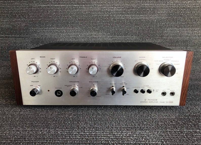Vintage Pioneer Stereo Amplifier Model SA-900 Classic Powerful Amplifier  Silver Face Black Knobs Amazing Sound!