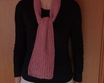 Scarf hand knitted pink perforated