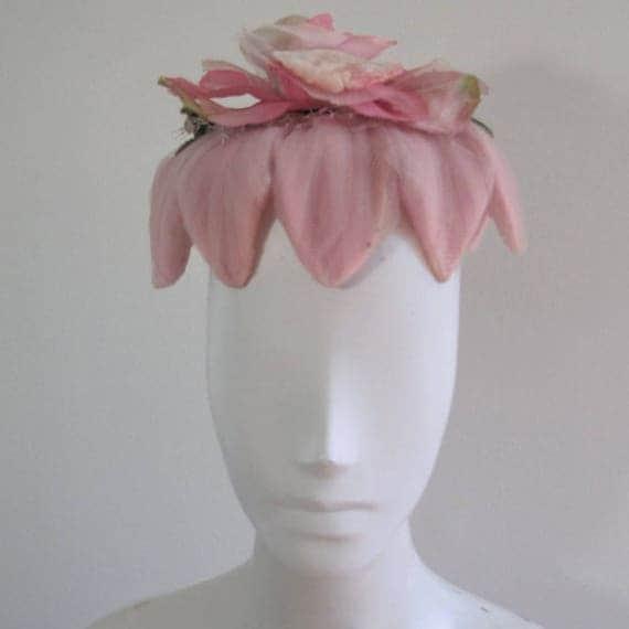 Vintage 40s Pink Petal Hat