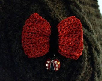 Brooch bow tie crochet handmade red lamé Ladybird charm