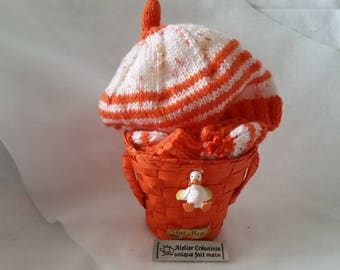 "Hat and baby booties with knitted ""orange and white"" handmade gift basket"
